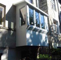 Ремонт балкона із склінням - Ваш Балкон