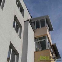 Скління балкону із дахом - Ваш Балкон