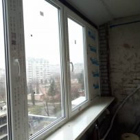 скління лоджії Львів Ваш Балкон