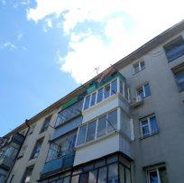 балкон з виступ вперед у Львові 10