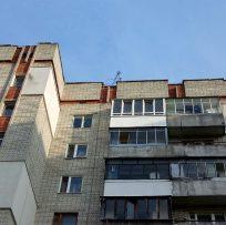 скління балкона у Львові компанією Ваш Балкон 18