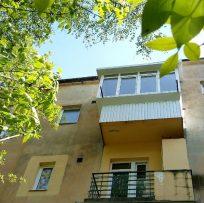 скління балкона з дахом у Львові_Ваш Балкон 13