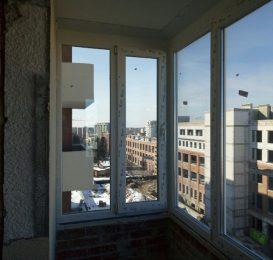 засклення балкона у Львові компанією Ваш Балкон 10