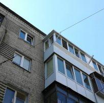 ремонт старого балкона у Львові компанією Ваш Балкон 12