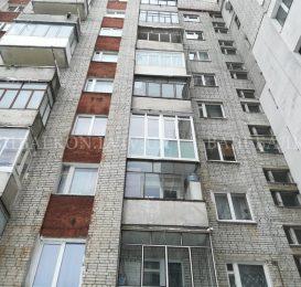 Скління балкона вікнами від підлоги у Львові 11